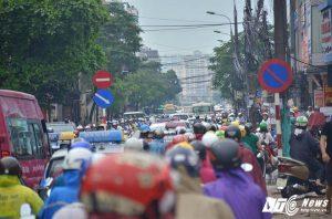 hàng ngàn phương tiện tắc cứng trong nhiều giờ