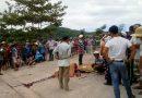 Tai nạn thương tâm : Xe tải kéo lê xe máy, 2 người tử vong