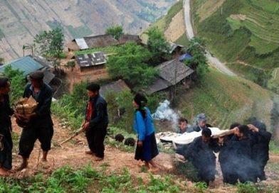 Rùng rợn và kinh hãi với 7 tập tục mai táng này, ở Việt Nam chiếm phân nửa