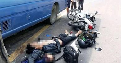 Hai thanh niên chạy xe máy từ miền Nam về Nghệ An ăn Tết gặp tai nạn thương tâm