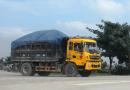 Xe tải chở vật liệu thi công tông chết hai cha con