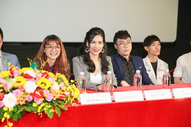 Vai mới của nữ diễn viên Hà Hương