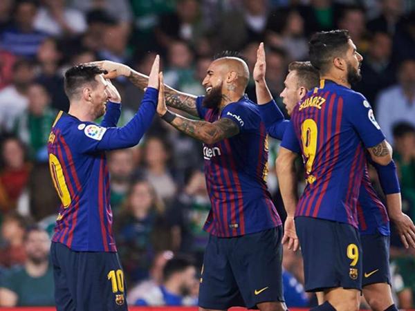 Hàng thủ là chìa khóa thành công của Barca trong mùa giải này