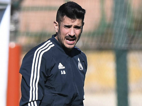 Raul tặng danh hiệu cho HLV vừa bị Real sa thải