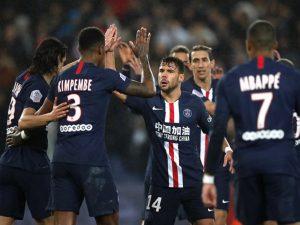 PSG thắng nghẹt thở trong ngày Neymar nhận thẻ đỏ
