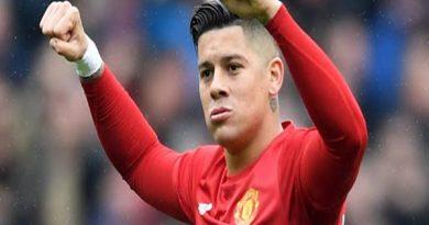 Manchester United muốn đẩy Rojo đi khi không còn kế hoạch sử dụng