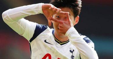 Bóng đá quốc tế tối 25/1: Son Heung Min xuất sắc nhất châu Á 2020