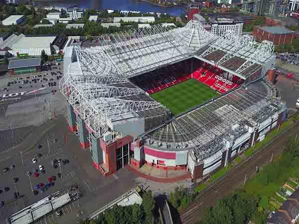 Top 3 sân vận động bóng đá đẹp nhất thế giới năm 2021